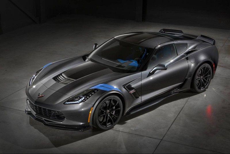 2017-Corvette-Grand-Sport-1