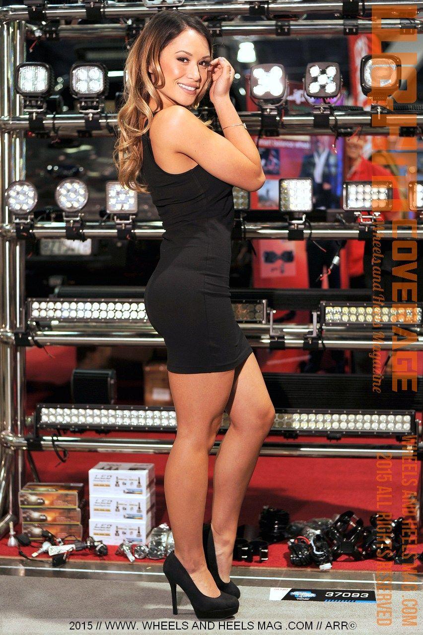 Angelina Andrada SEMA Models 2015source: www.wheelsandheelsmag.com