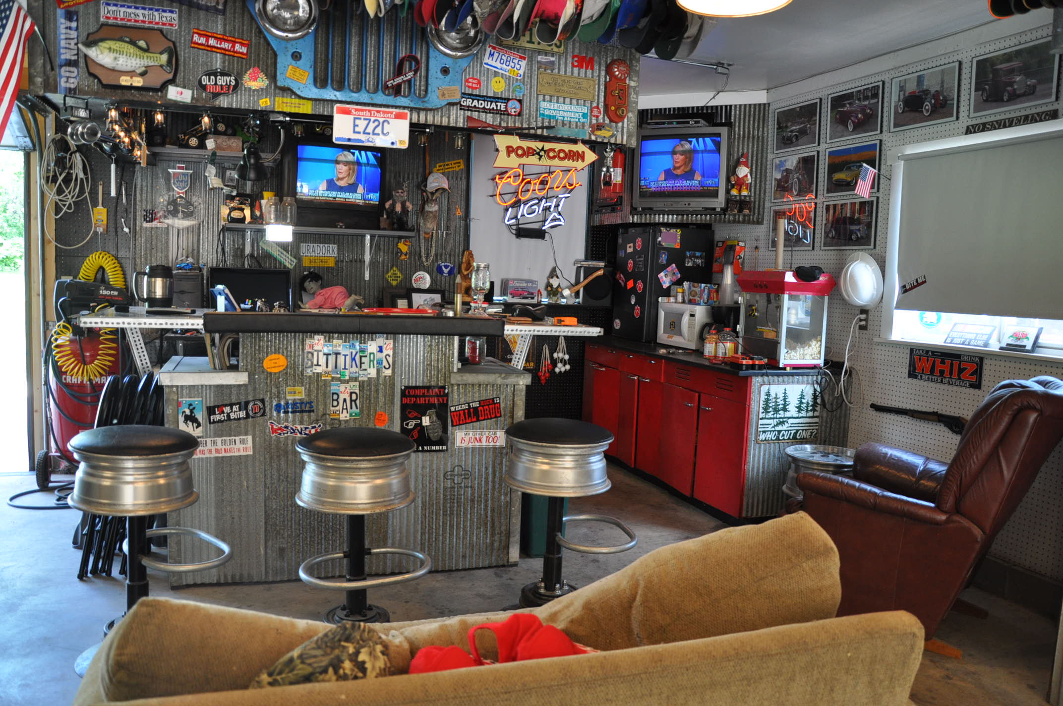 ideas for your man cave all collector cars
